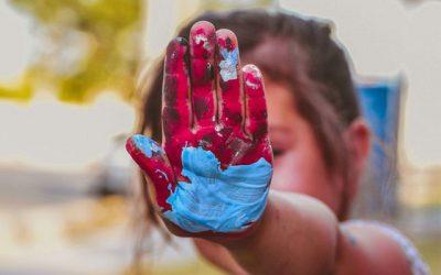 A quel âge commencer les loisirs créatifs ?